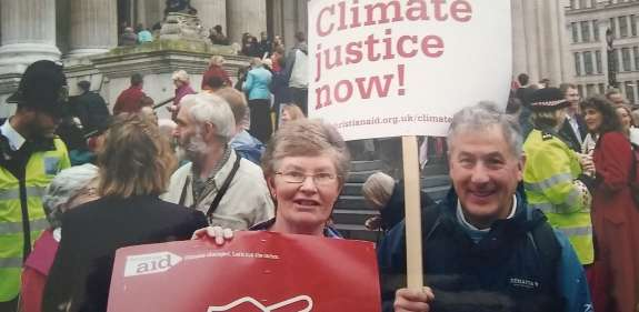Jean and Andy Thompson at 'Cut the Carbon' march St Paul's Cathedral 2007