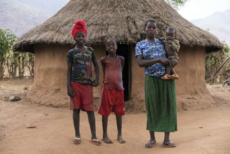 Aster Argo, 29, and her children (L to R) Agar Gezahegu, 11, Hinit Gezahegu, 9, Dibora.