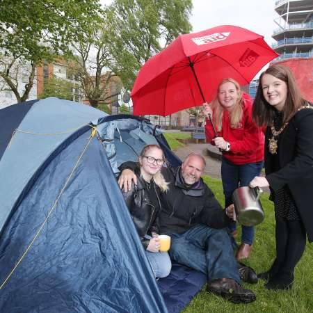 Lord Mayor supports Solidarity Sleep Out