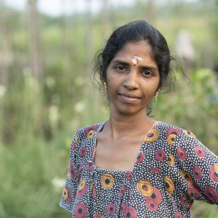 Kasthuri is mother of Mathi, 6. She is 22 years of age and mother of Mathi, who is 6 years old. They live in Virudhunagar District, Tamil Nadu, India